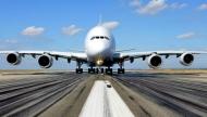 Aereo su pista aeroporto Gruppo SEA